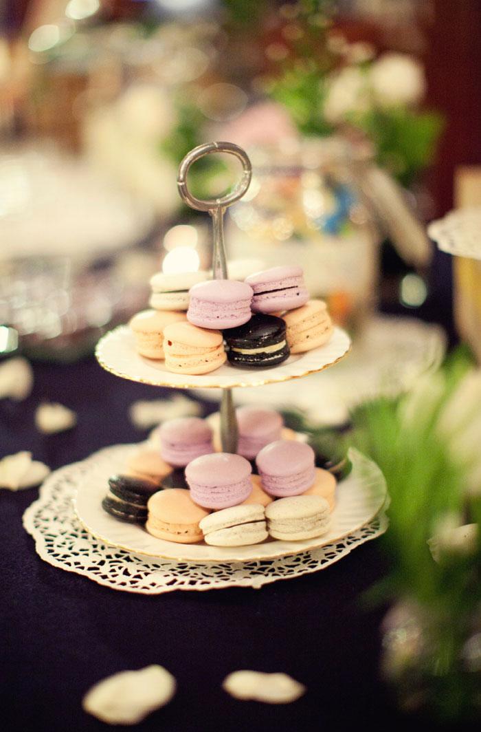 www.theweddingnotebook.com. Ndrew Photography. Blush Pink and Black