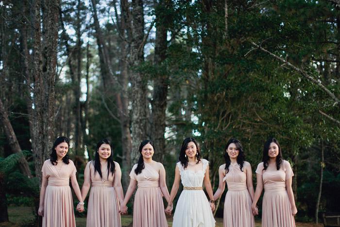 www.theweddingnotebook.com. Photography by Sayher Heffernan. Rustic blush pink wedding party
