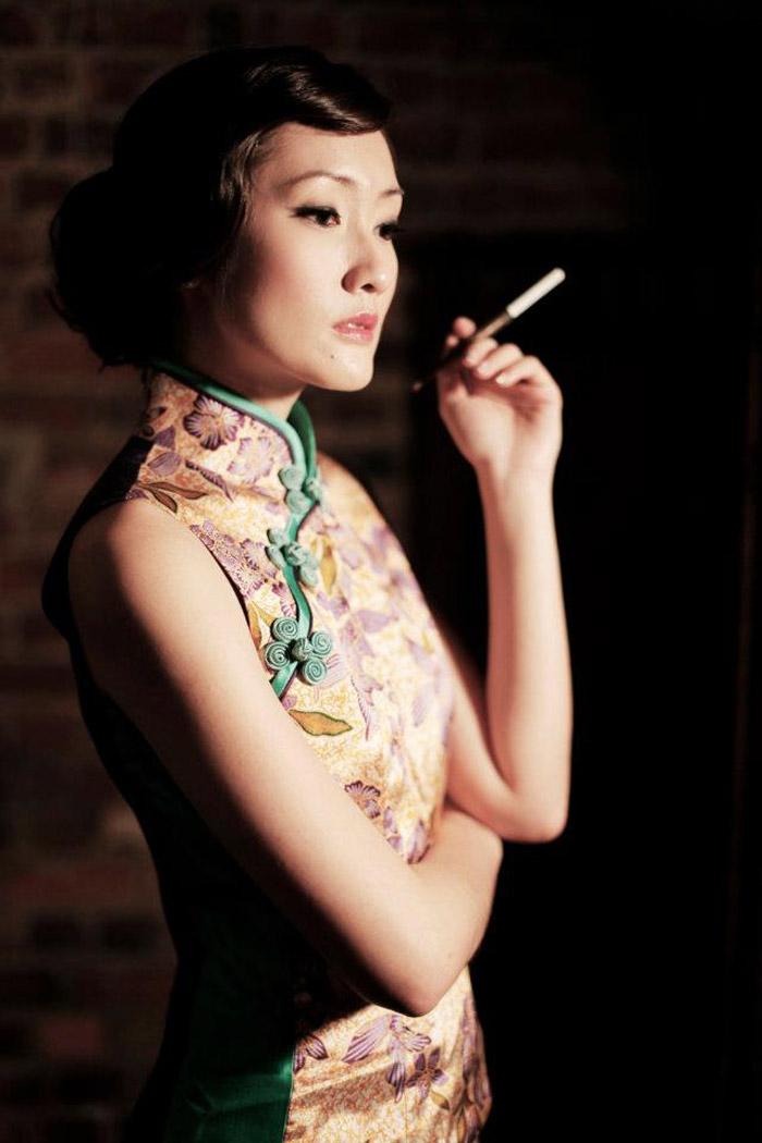 1960s Shanghai Style. Photography by Chris Ling International Photographers. www.theweddingnotebook.com