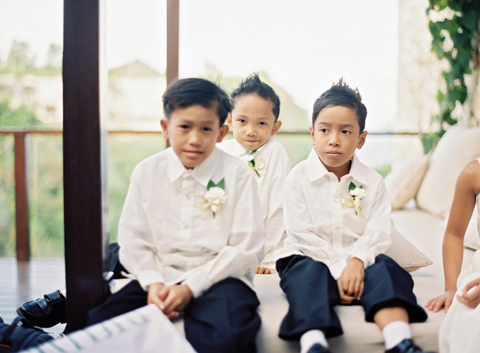 Pageboys. Vicki Grafton Photography. www.theweddingnotebook.com