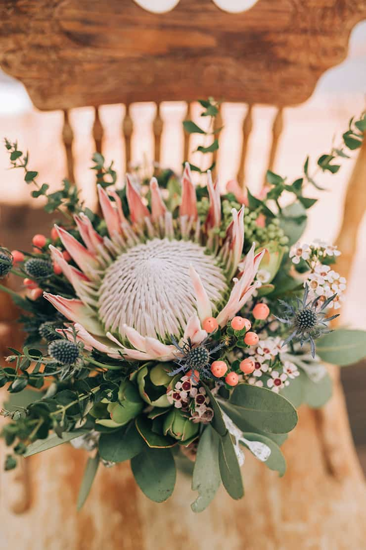 Claire Amp Robbies Boho Country Wedding With Native Flowers