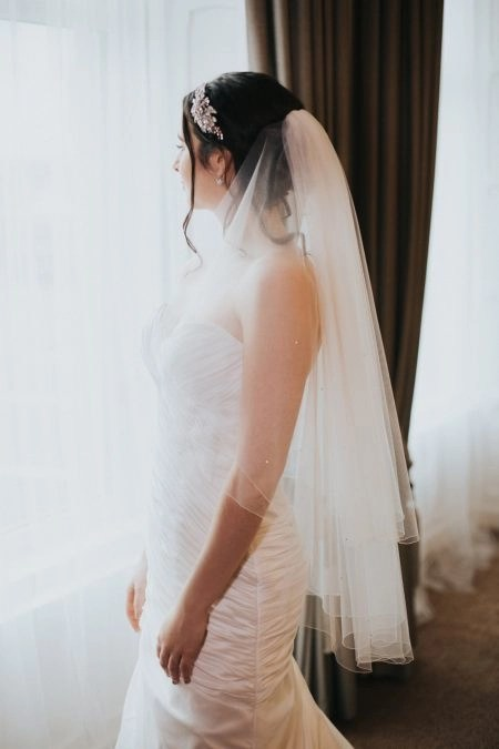 Carrie – two layer hip length veil with scattered diamantes