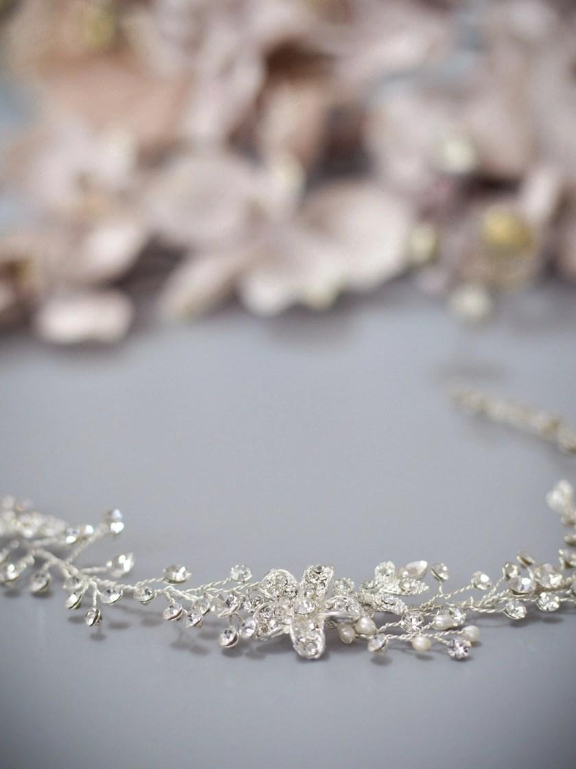 Dawn TLH3067 silver diamante and pearl bridal hair vine 30cm long closeup