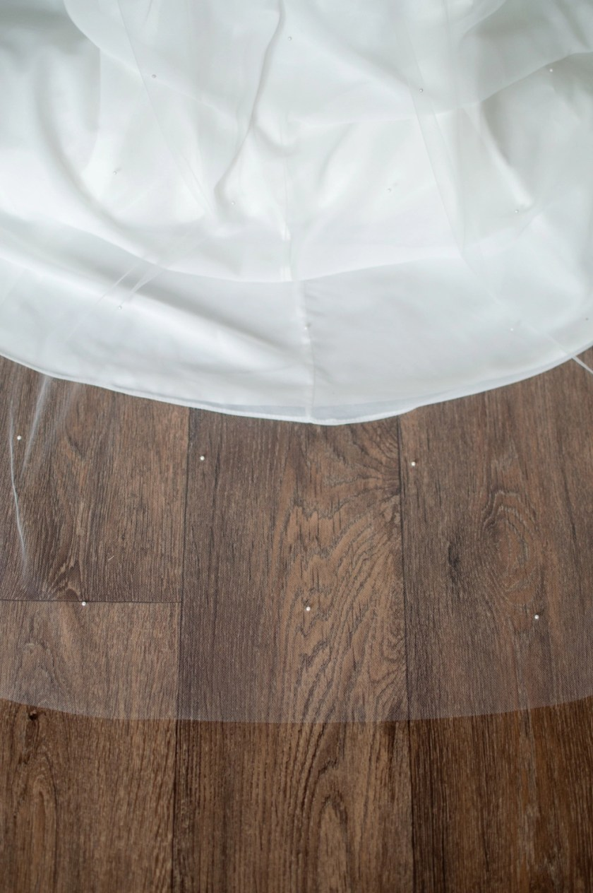 Isla pearl beaded veil closeup