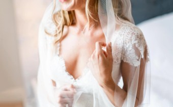 "Beautiful bride Olivia in our ""barely there veil"" – Sia!"