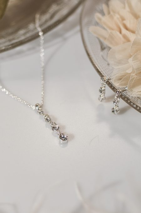 TLS1537 – necklace with a multi crystal drop & matching earrings