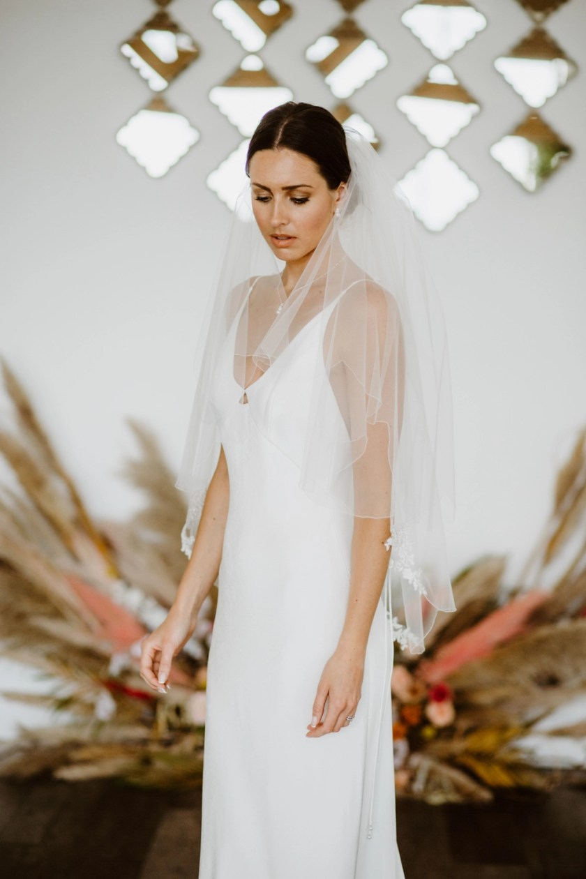 Maisie - two layer scalloped edge wedding veil with beaded lace appliques