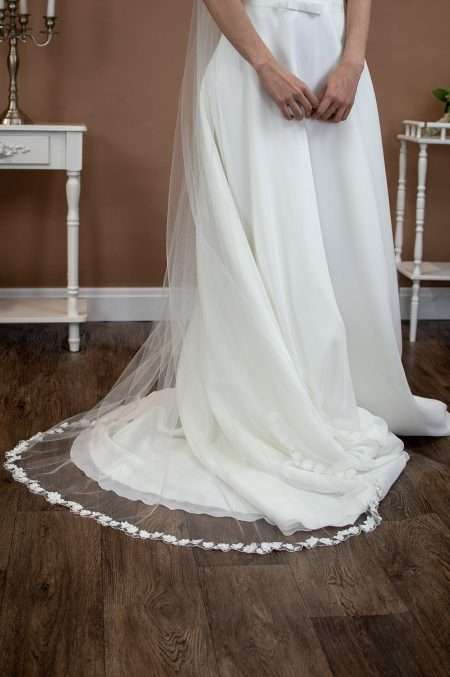 Meadow - single layer floor length veil with 3D flower edging front view