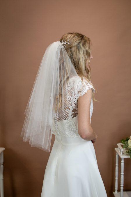 PRISCILLA – 1960s inspired short bouffant wedding veil with a cut edge