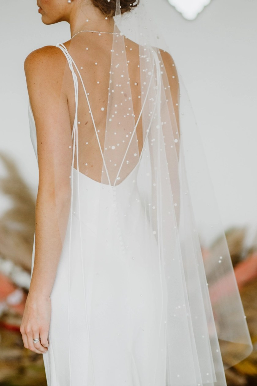 Violet – Single layer barely there veil in fingertip length with mixed size pearls