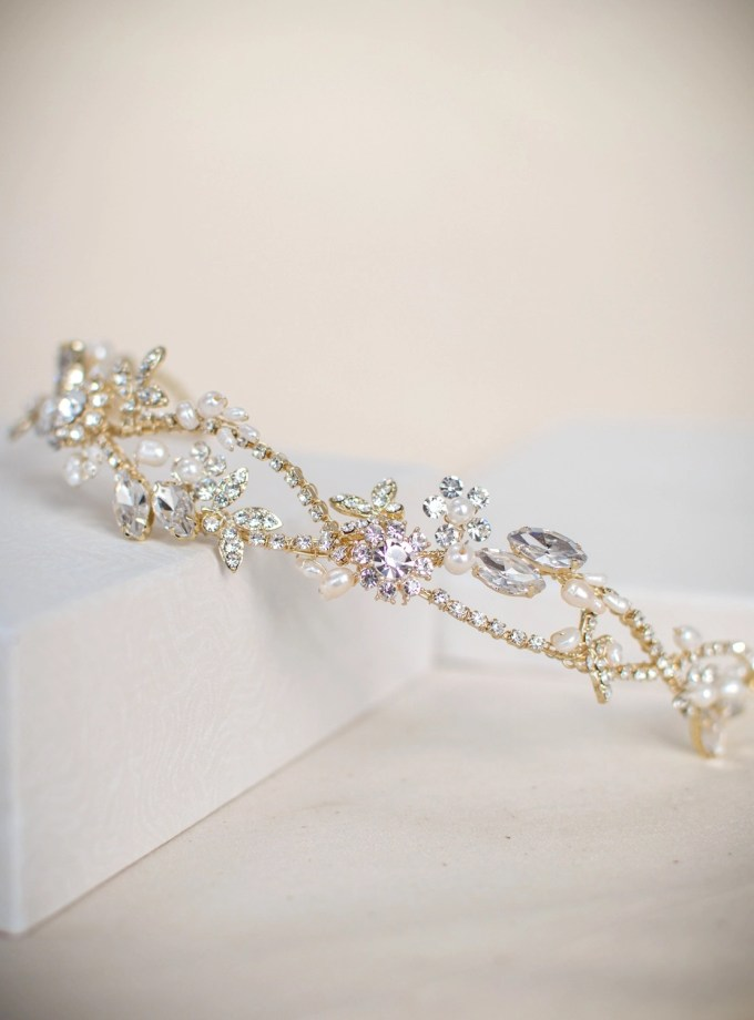 TLT4666 – Light gold tiara with freshwater pearls & diamantes (2)