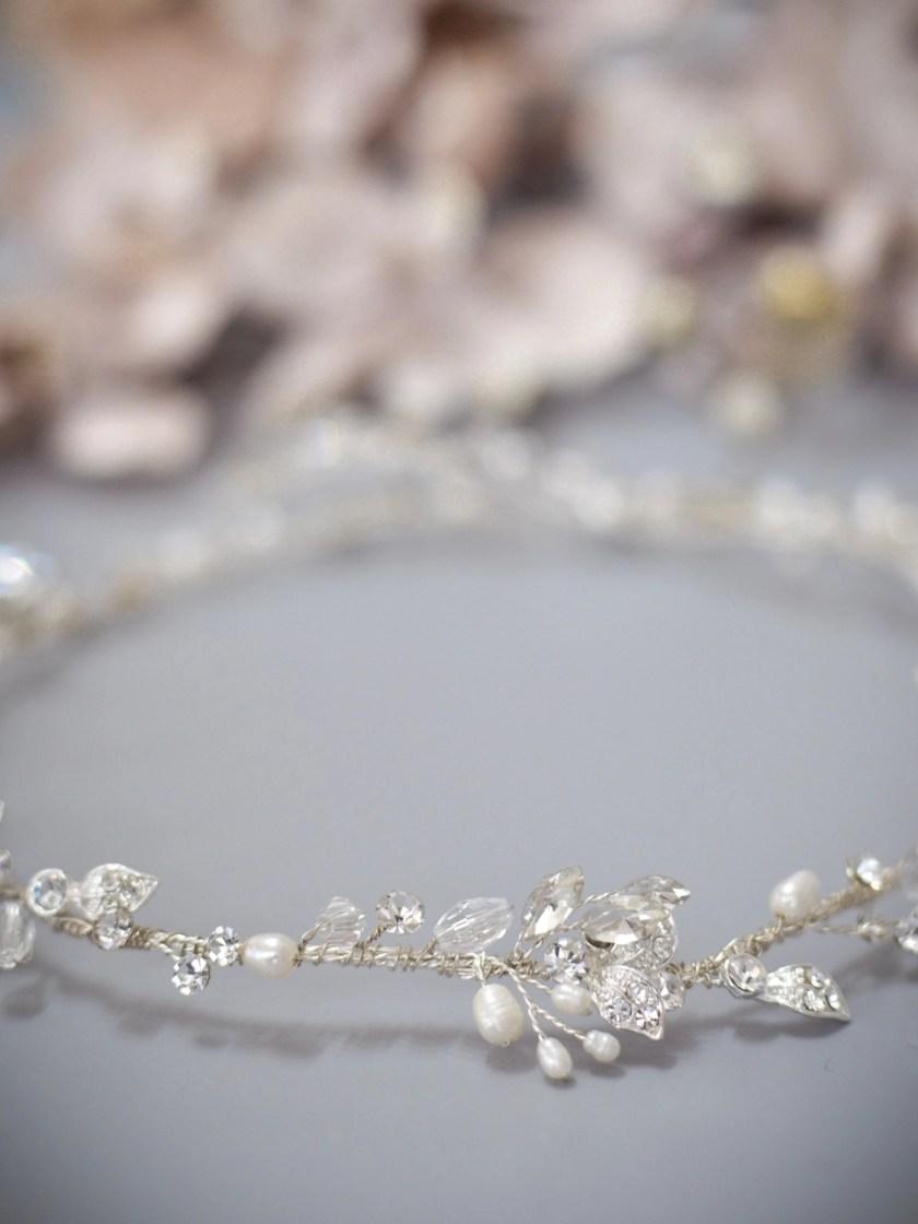 Halo TLH3124 silver diamante and pearl bridal hair vine 60cm long closeup