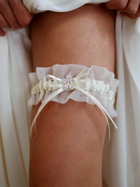 TLG513 – Soft chiffon bridal garter with pretty diamante flower