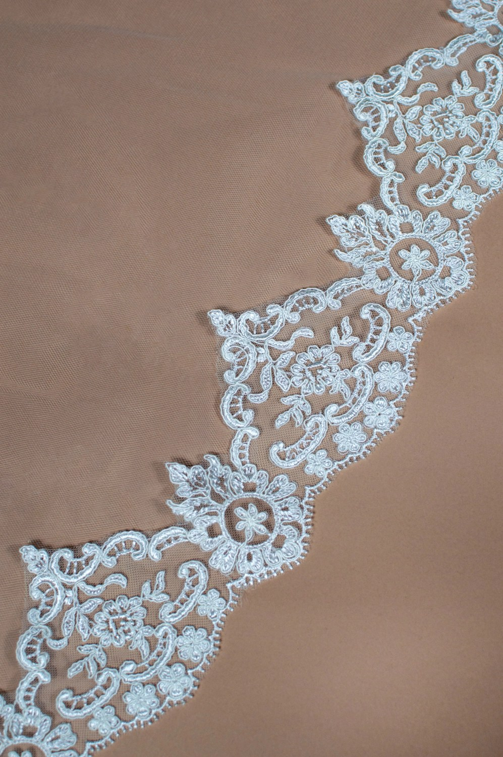 Sian lace edging for wedding veil