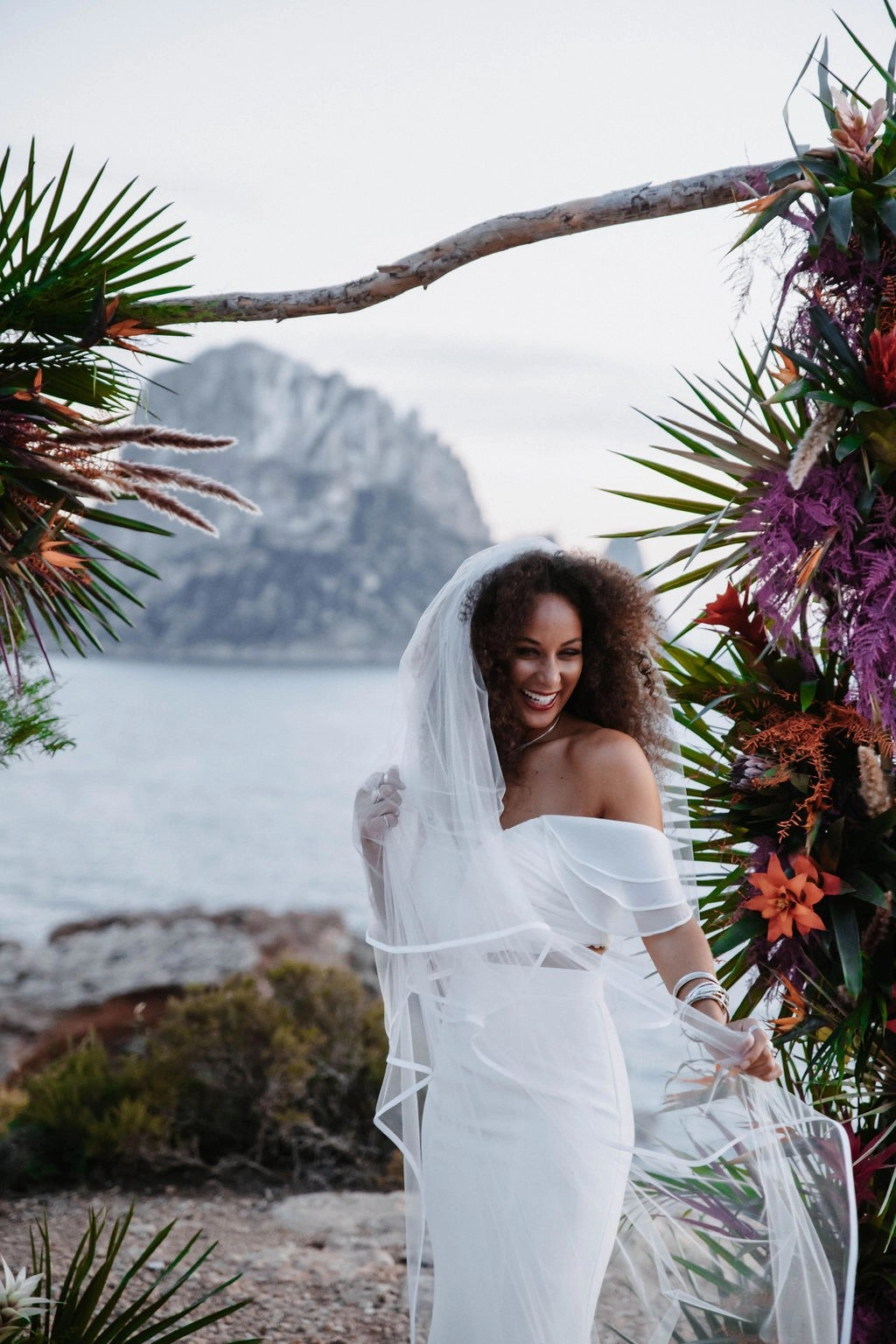 Ibiza at Sunset Black bride with hair down with veil long chapel satin edge (16)