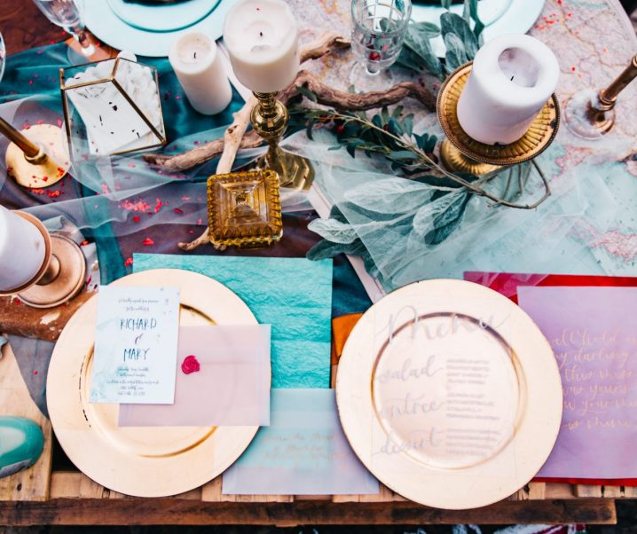 How to Use 2 Colour Palettes in a Wedding