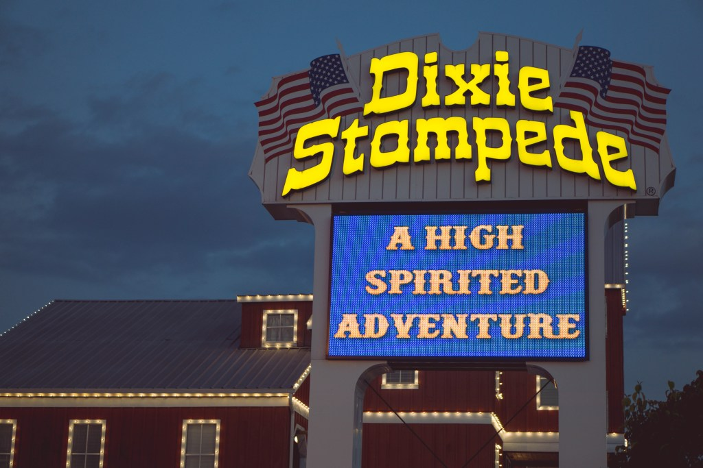 Dixie Stampede, Pigeon Forge, Tennessee