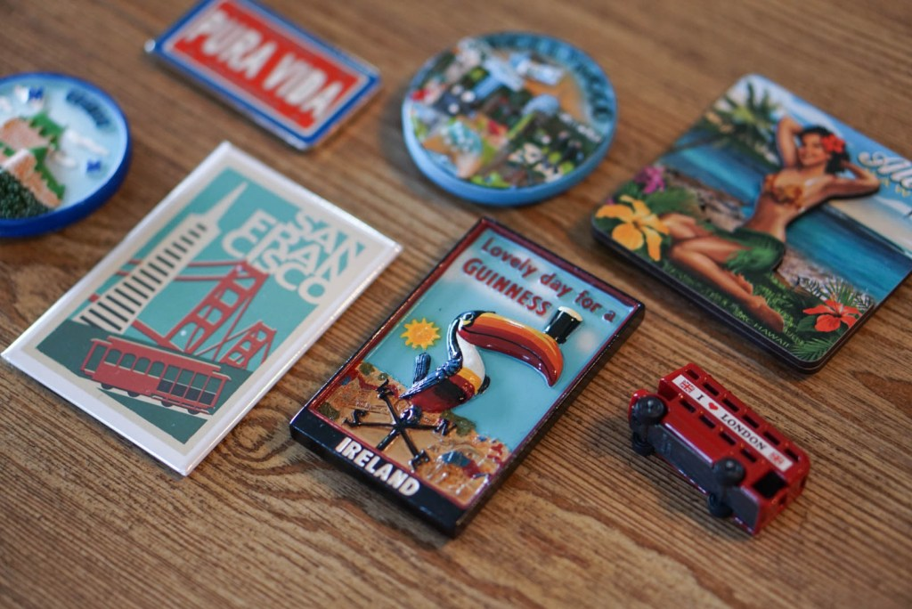 travel souvenir, magnets, minimalist