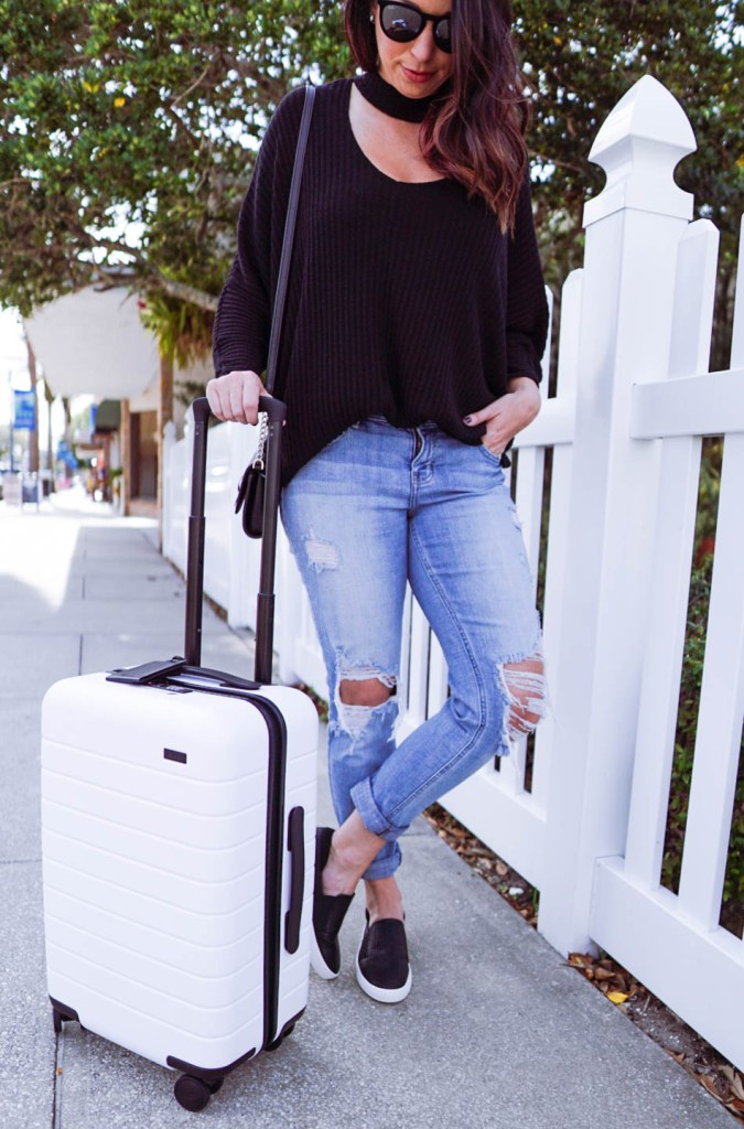 Away Carry-On, Away Travel, Away Promo Code, Best Carry On, White Carry On, Weekend Getaway, Best Suitcase #AwayTravel #travelblog