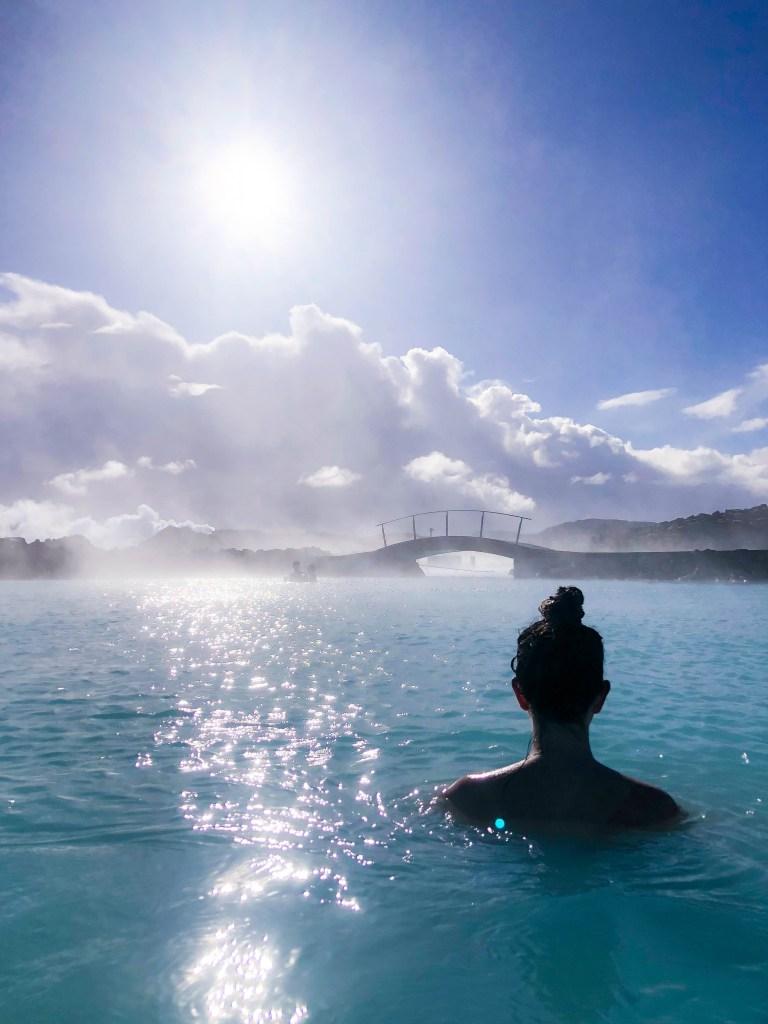 Blue Lagoon, Iceland, Blue Lagoon Tips, Trip to Blue Lagoon, Things to Know Blue Lagoon, Blue Lagoon Photos, When to go to Blue Lagoon, Blue Lagoon Crowds #BlueLagoon #Iceland #travelblog