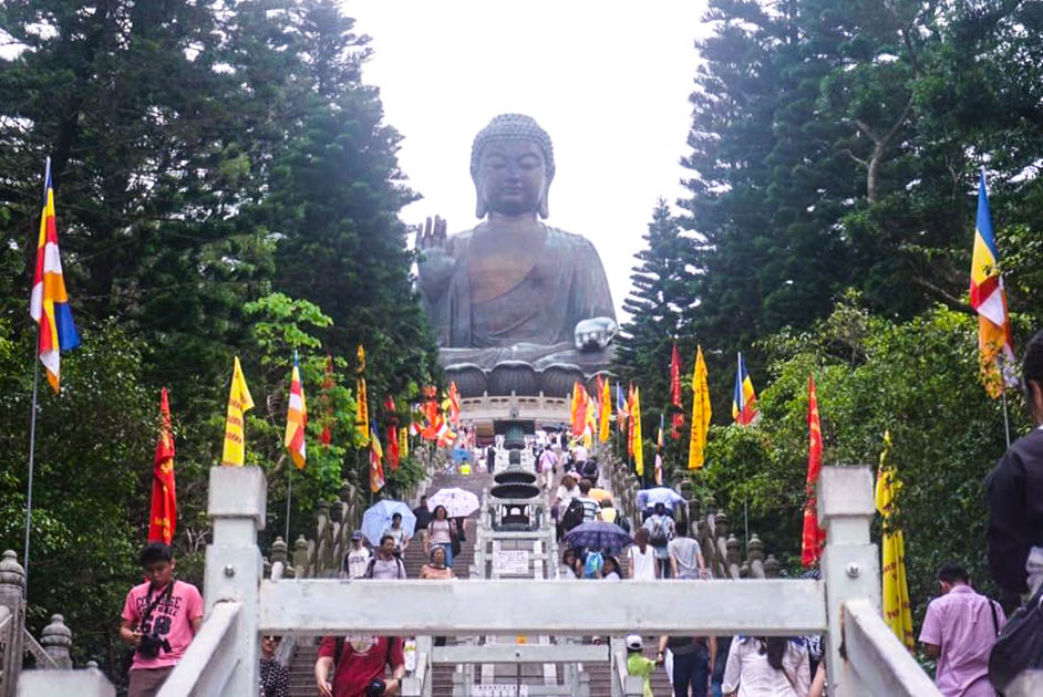 Tian Tan Buddha in Hong Kong, Travels Before Blogging #HongKong #TianTan #Buddha #TravelBlogger