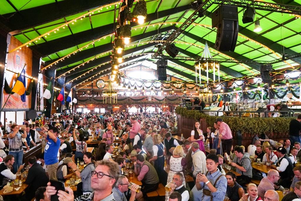 Munich Oktoberfest, Augustiner beer tent, Oktoberfest tips
