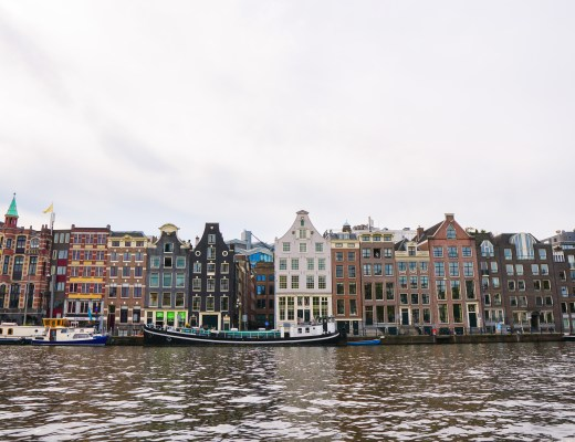 Travel Guide for a Weekend in Amsterdam