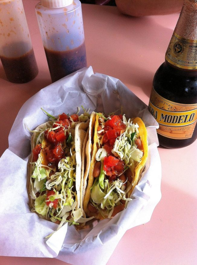 places to eat in Santa Cruz :: Tacos Morenos