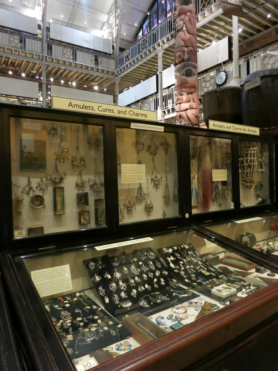 pitt rivers museum - Oxford is an historic university town with beautiful sights to see. Here are eight things you should see and do if you are in Oxford for a few days. - Weekend in Oxford