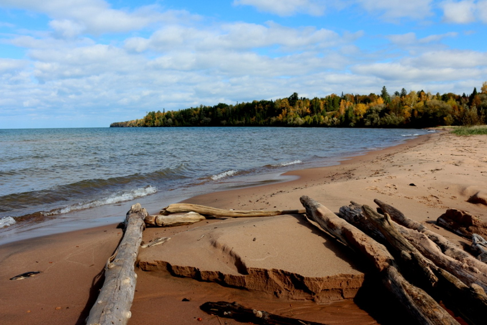 Apostle Islands National Lakeshore encompasses 21 islands as well as shoreline along Lake Superior in northern Wisconsin. The distinctive geology of the area is a result of glacial activity many thousands of years ago leaving beautiful sandstone formations that dazzle the eye.