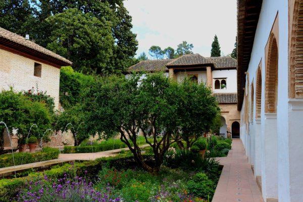 5 Great Gardens in Granada