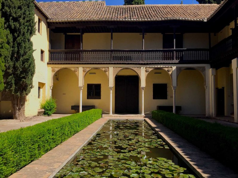 Casa del Chapiz - 5 Gardens in Granada