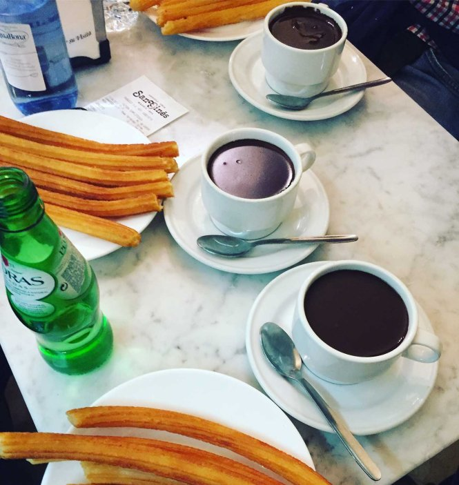 San Gines churros y chocolate - Awesome Things to do in Madrid