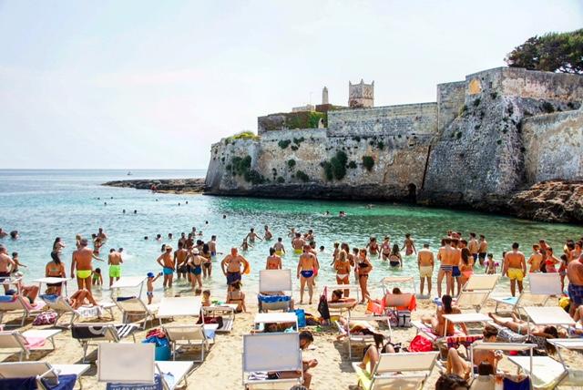 7 Beautiful Beaches in Puglia