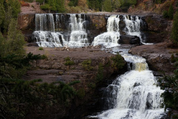 10 Waterfalls on Minnesota's North Shore - Gooseberry Falls