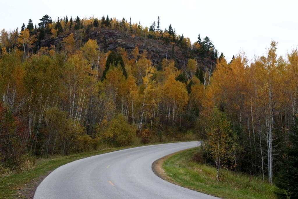 It's fall, and the leaves are turning fiery colors of red and gold. Take a trip up to Minnesota's North Shore to see the colorful show. And why not stop for a craft beer or tasty pizza while you are at it? We'll tell you our favorite cafes, coolest places to sleep and best waterfalls too.