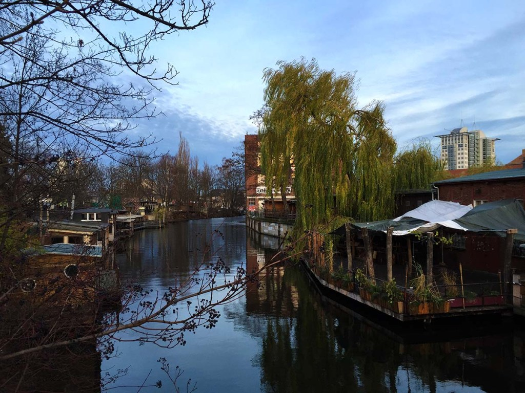 10 Cities to Live on a Houseboat - Floating Home Communities :: Berlin has a few houseboat communities along the rivers and canals.