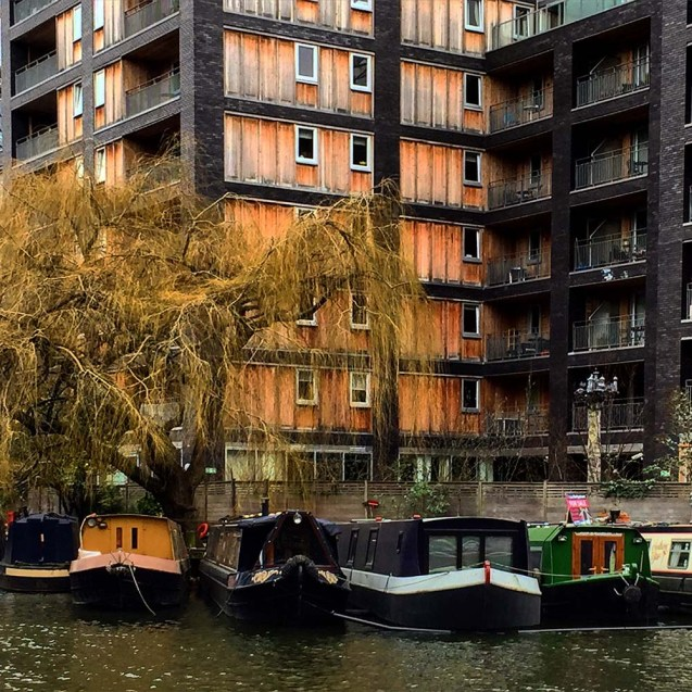10 Cities to Live on a Houseboat - Floating Home Communities :: London's narrowboats make up an interesting community of floating homes.