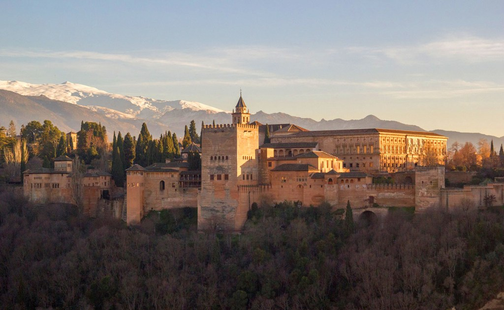 Things To Do in Granada Spain: free activities, Alhambra tips & places to eat & drink