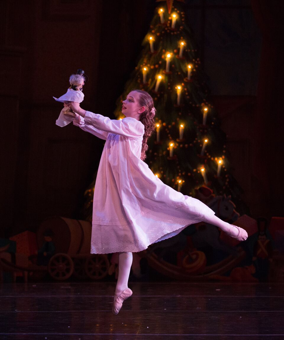 Dances Patrelle the Yorkville Nutcracker