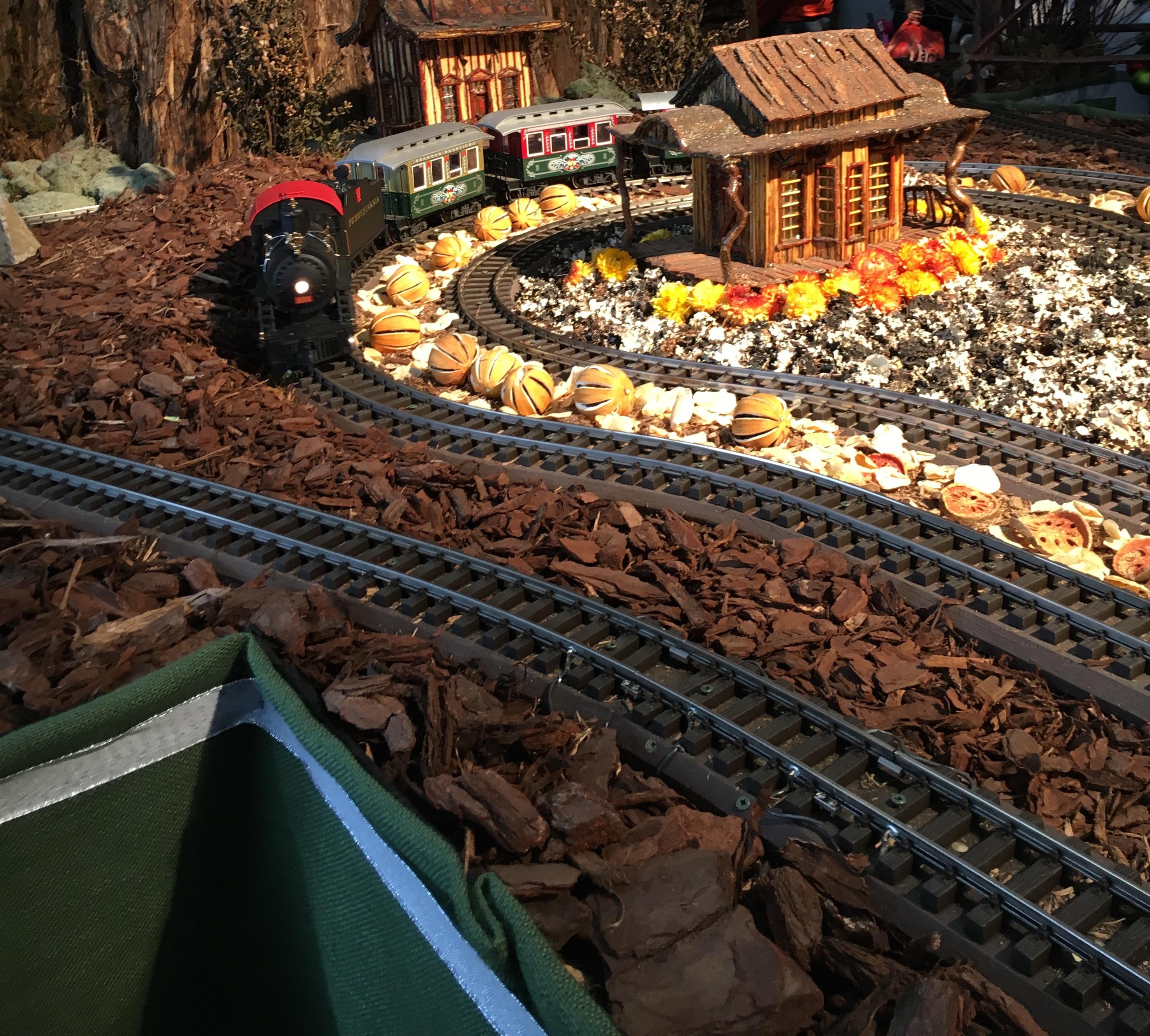 holiday train show trains
