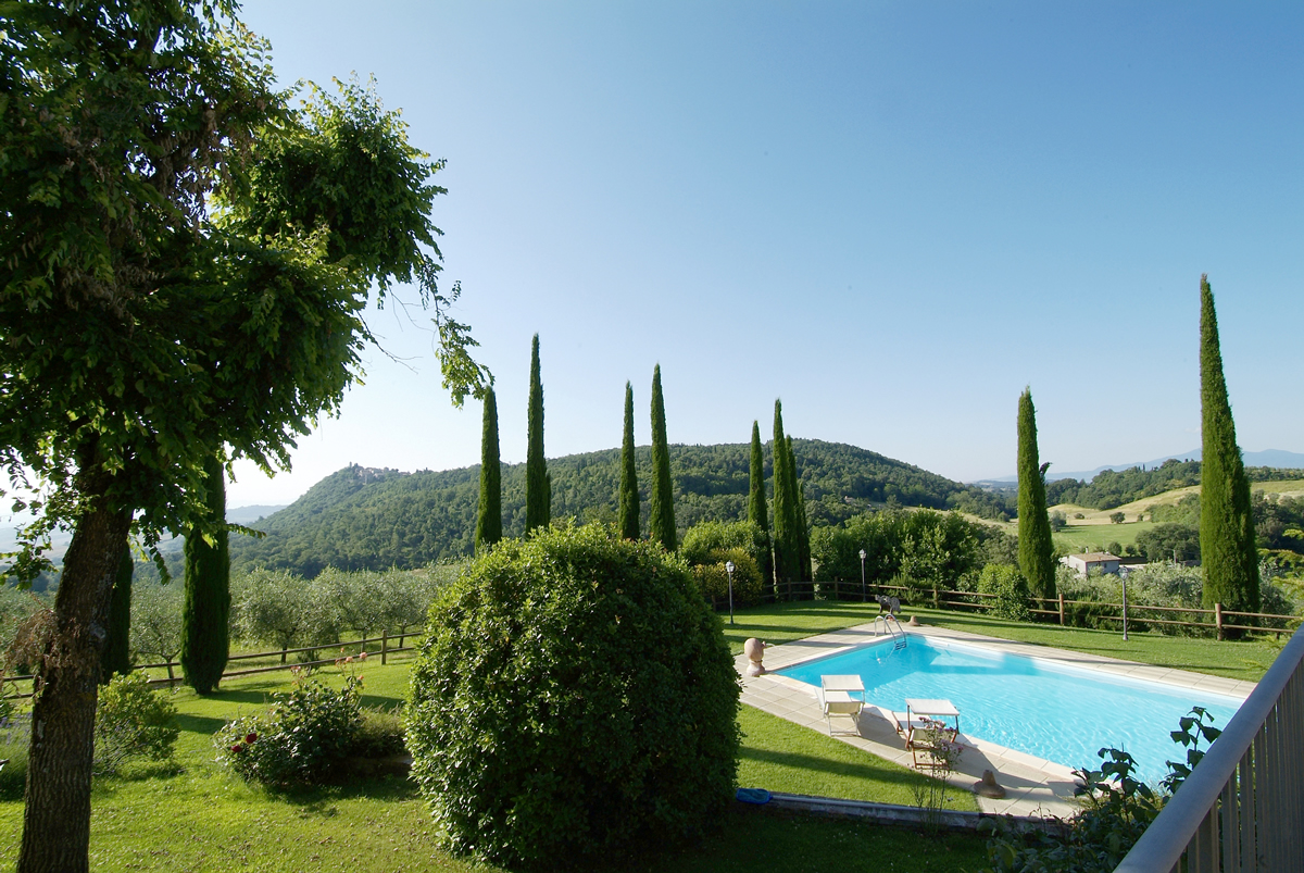 Enjoy a Cultural Immersion Vacation with Tuscan Women Cook