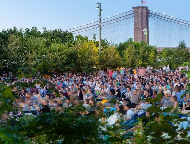 movies with a view brooklyn bridge park