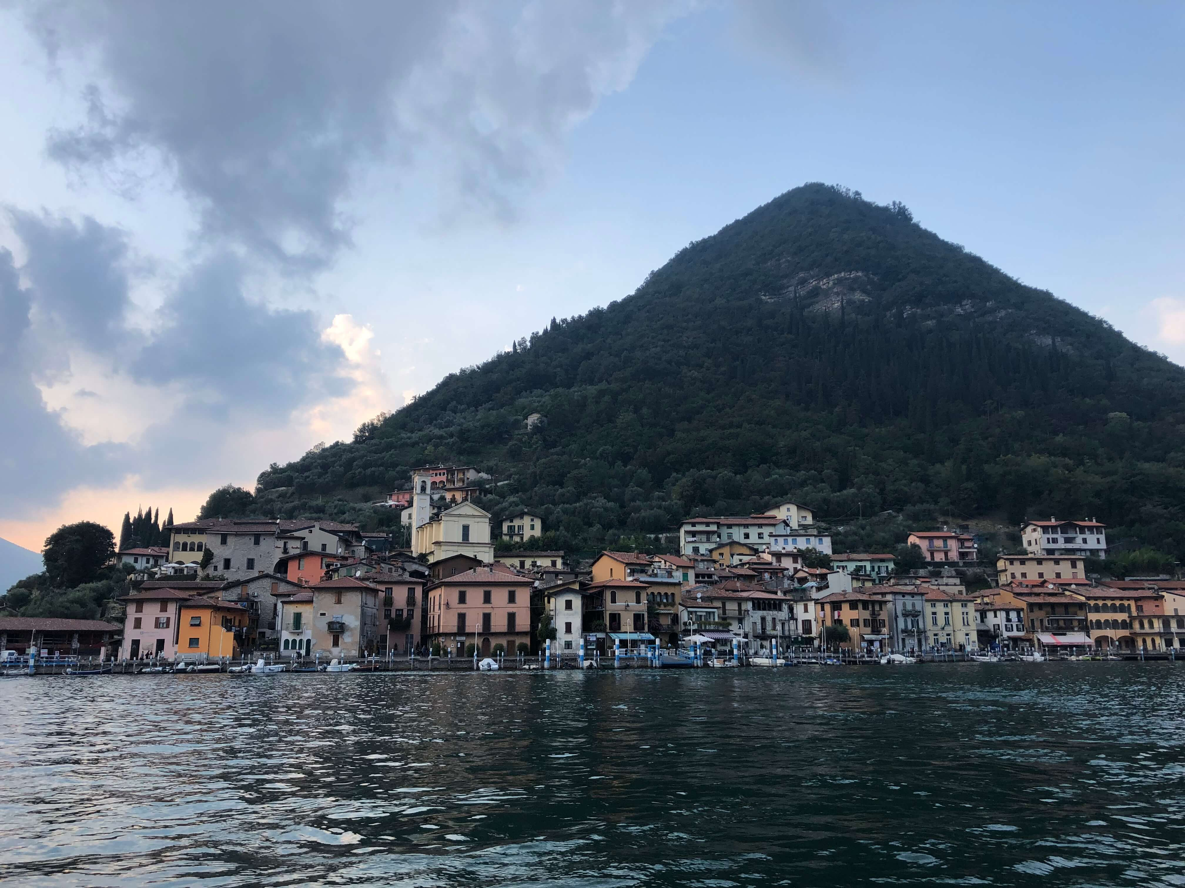 yacht tour of Franciacorta