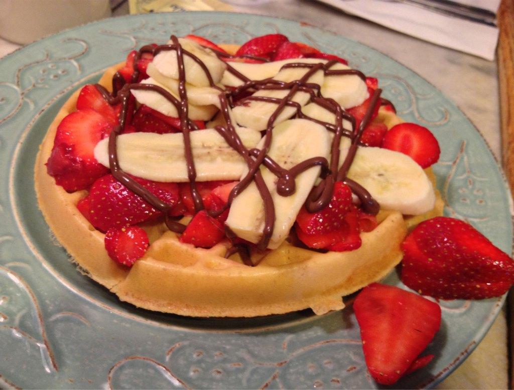 Strawberry, Banana, Nutella Brunch Waffles at Strawberry Place in Nyack, New York | TheWeekendJetsetter.com