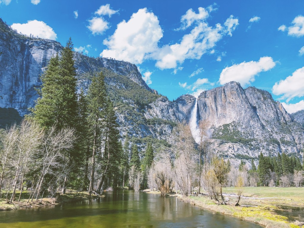 What to Pack for Half Dome Village, Yosemite National Park | TheWeekendJetsetter.com