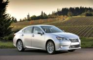 2013 Lexus ES 350: New bold image for upscale sedan