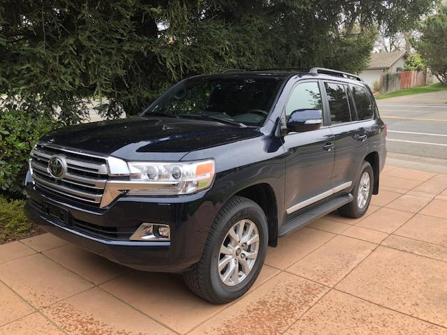 The rugged exterior of the 2018 Toyota Land Cruiser is matched with a luxurious, top-of-the-line interior.