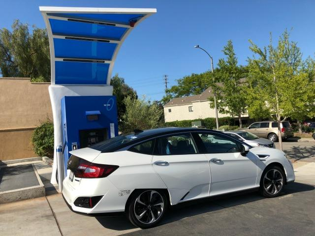 The 2017 and 2018 Honda Clarity Fuel Cell are available for lease in California.