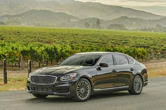 The 2019 Kia K900 is among The Weekly Driver Podcast's 2019 Best Cars and Trucks.
